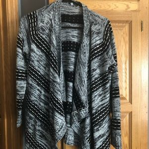 gray and black patterned open cardigan